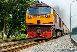 قطار و ترمینال سمنان